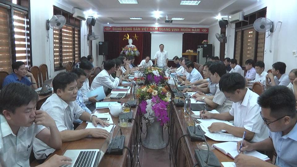 Đoàn giám sát Ban thường vụ Tỉnh ủy làm việc với huyện Cẩm Xuyên