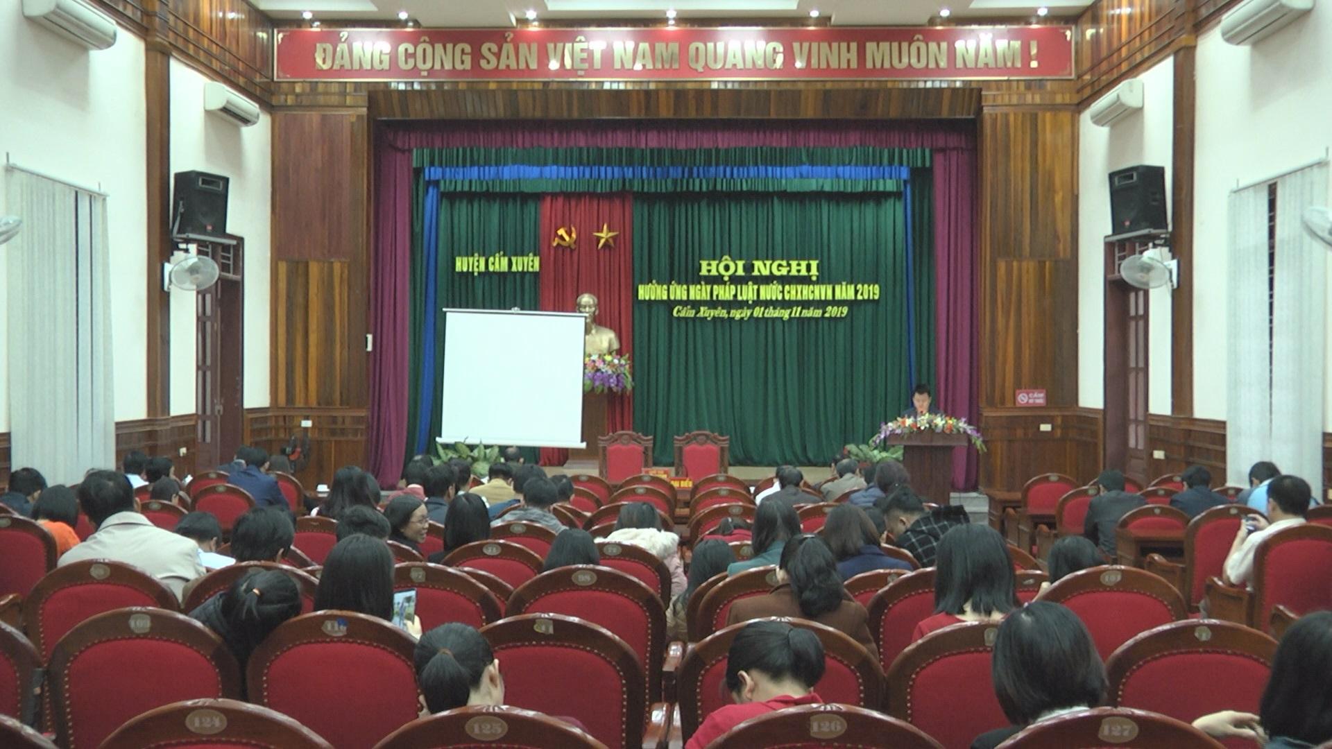 """Hội nghị hưởng ứng """" Ngày Pháp luật nước Cộng hòa xã hội chủ nghĩa Việt Nam"""" năm 2019."""
