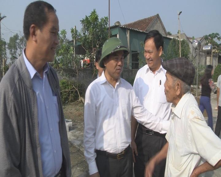 Chủ tịch UBND huyện Phạm Đăng Nhật kiểm tra xây dựng NTM tại các xã