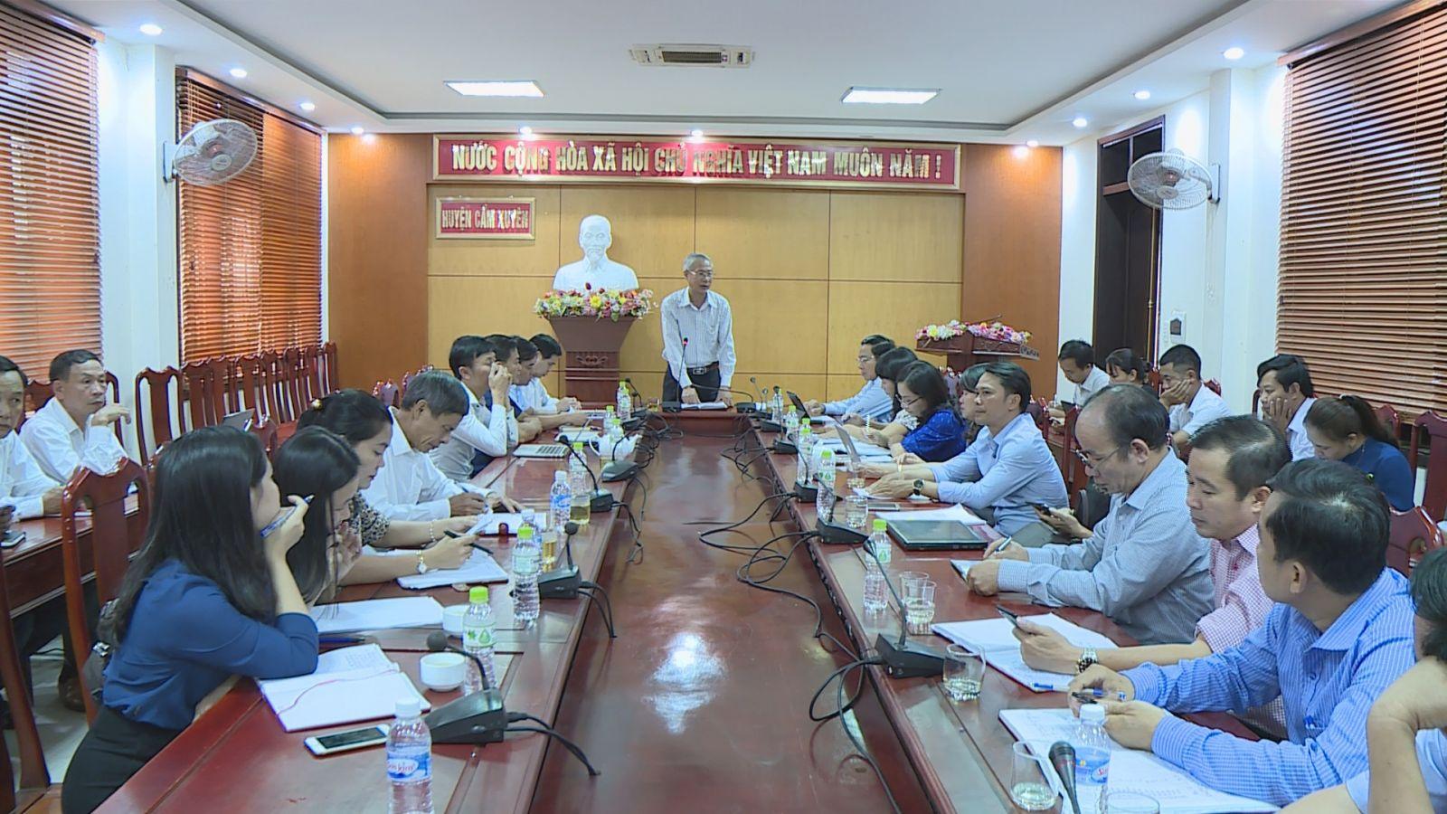 Đoàn đại biểu HĐND tỉnh tiếp xúc cử tri tại huyện Cẩm Xuyên